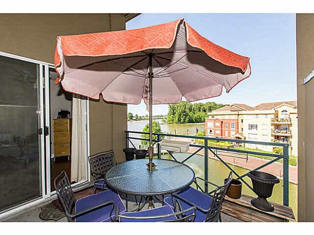 """Photo 12: Photos: 402 2 RENAISSANCE Square in New Westminster: Quay Condo for sale in """"THE LIDO"""" : MLS®# V1121816"""