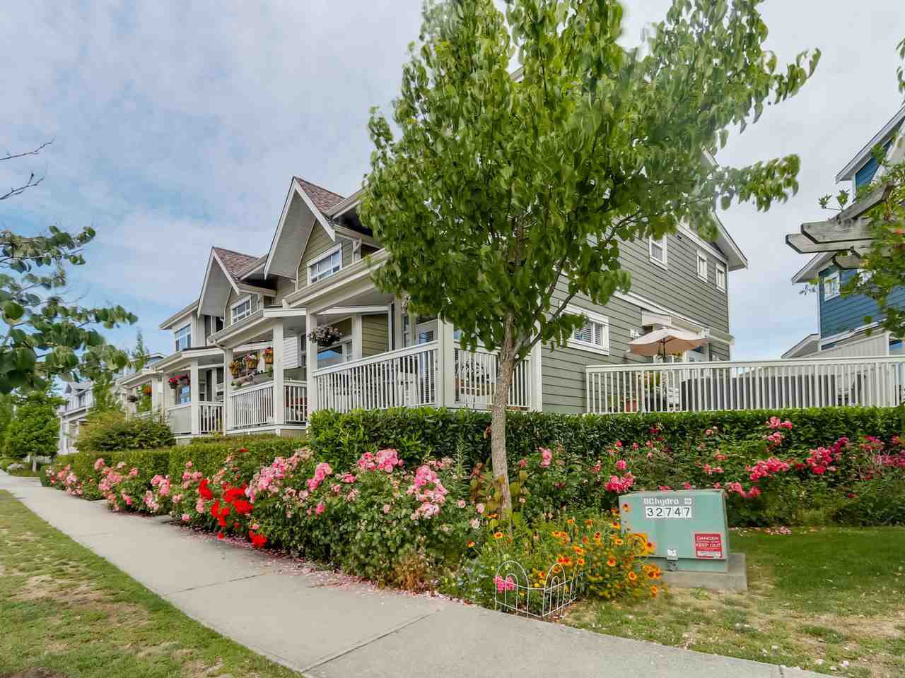 "Main Photo: 4 4311 BAYVIEW Street in Richmond: Steveston South Townhouse for sale in ""4311 BAYVIEW"" : MLS®# R2083363"