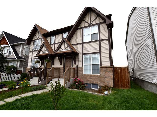 Main Photo: 159 Elgin Meadows Gardens SE in Calgary: McKenzie Towne House for sale : MLS®# C4077022