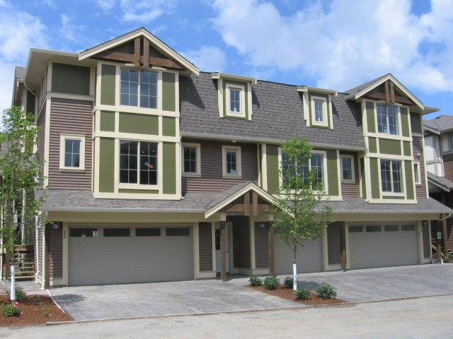 Main Photo: 26 45025 WOLFE Road in Chilliwack: Chilliwack W Young-Well Townhouse for sale : MLS®# R2103060