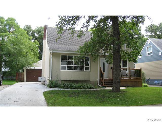 Lovely curb appeal with new front deck/ roof and driveway