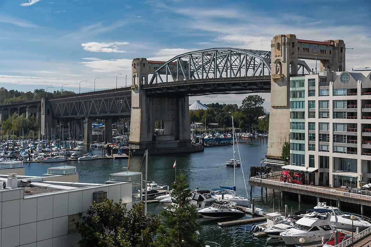 "Main Photo: 503 1625 HORNBY Street in Vancouver: Yaletown Condo for sale in ""SEAWALK NORTH"" (Vancouver West)  : MLS®# R2108428"