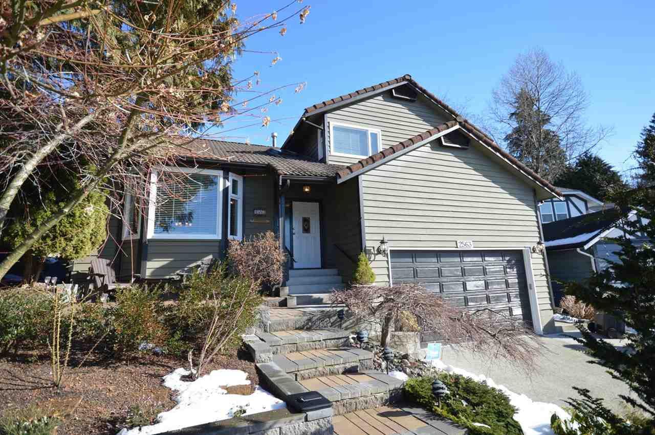 "Main Photo: 2563 PEREGRINE Place in Coquitlam: Upper Eagle Ridge House for sale in ""UPPER EAGLE RIDGE"" : MLS®# R2139479"