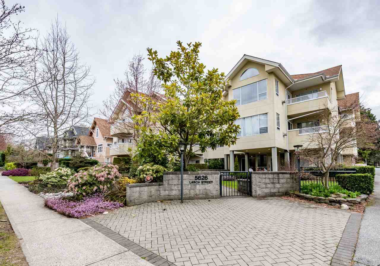 Main Photo: 305 5626 LARCH Street in Vancouver: Kerrisdale Condo for sale (Vancouver West)  : MLS®# R2152560