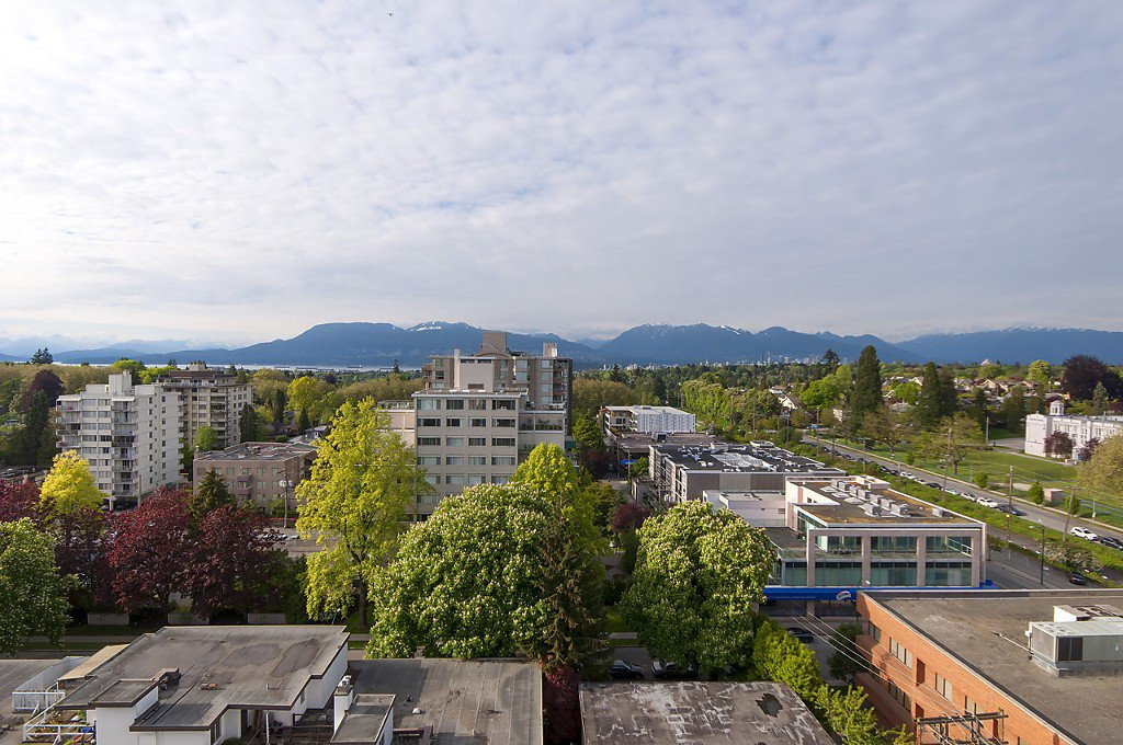 "Photo 21: Photos: 1302 2115 W 40TH Avenue in Vancouver: Kerrisdale Condo for sale in ""THE REGENCY"" (Vancouver West)  : MLS®# R2168325"