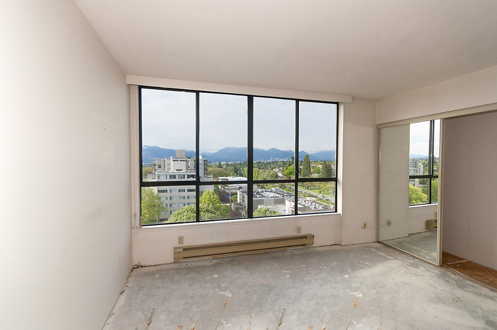 "Photo 14: Photos: 1302 2115 W 40TH Avenue in Vancouver: Kerrisdale Condo for sale in ""THE REGENCY"" (Vancouver West)  : MLS®# R2168325"