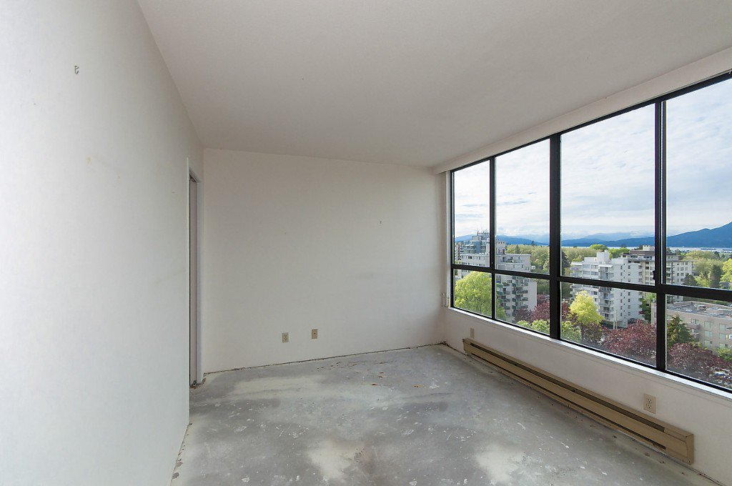 """Photo 15: Photos: 1302 2115 W 40TH Avenue in Vancouver: Kerrisdale Condo for sale in """"THE REGENCY"""" (Vancouver West)  : MLS®# R2168325"""