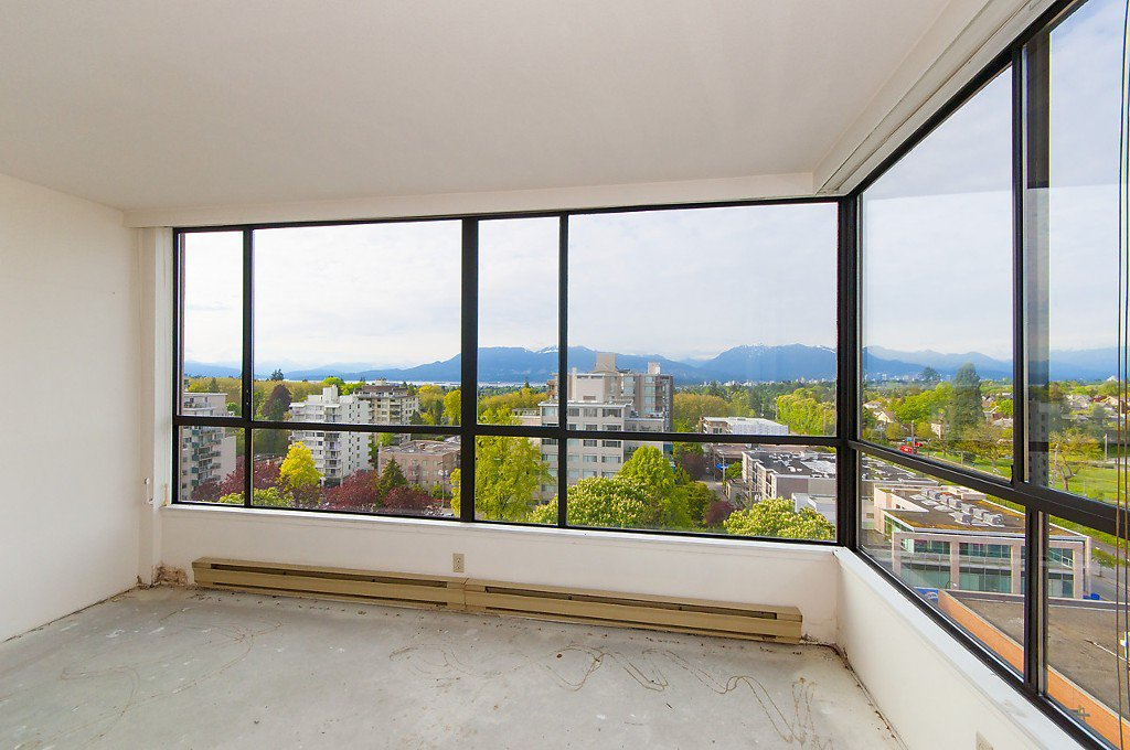 """Photo 12: Photos: 1302 2115 W 40TH Avenue in Vancouver: Kerrisdale Condo for sale in """"THE REGENCY"""" (Vancouver West)  : MLS®# R2168325"""