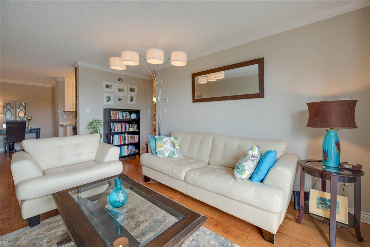 Main Photo: 111 340 W 3RD STREET in North Vancouver: Lower Lonsdale Condo for sale : MLS®# R2187169