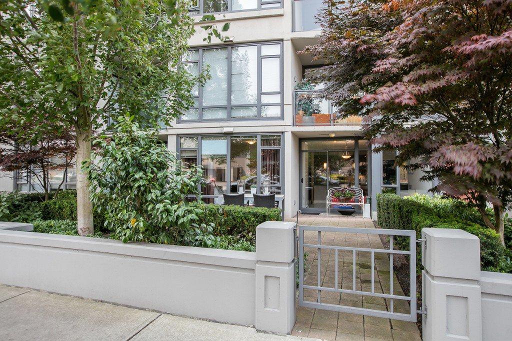 Main Photo: #101-7362 ELMBRIDGE WAY in RICHMOND: Brighouse Condo for sale (Richmond)  : MLS®# R2195028