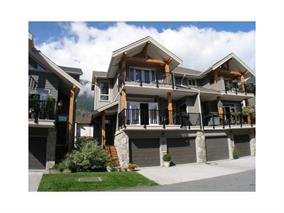 "Main Photo: 3 39758 GOVERNMENT Road in Squamish: Northyards Townhouse for sale in ""Arbourwoods"" : MLS®# R2198202"