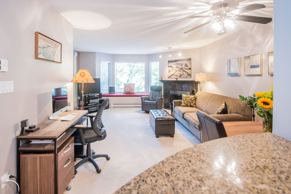 """Main Photo: 201 3183 ESMOND Avenue in Burnaby: Central BN Condo for sale in """"The Winchelsea"""" (Burnaby North)  : MLS®# R2206570"""