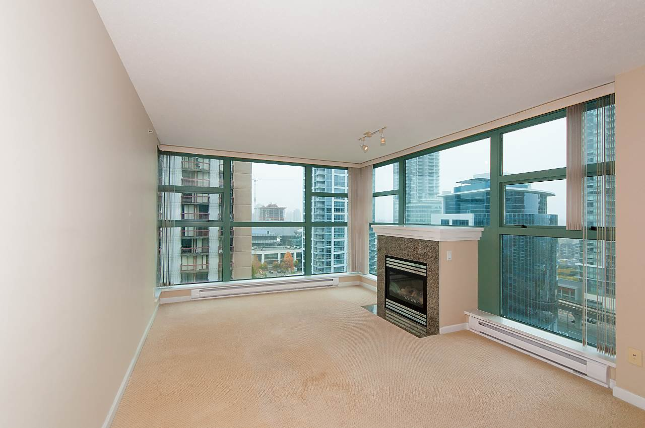 "Photo 4: Photos: 1401 4380 HALIFAX Street in Burnaby: Brentwood Park Condo for sale in ""BUCHANAN NORTH"" (Burnaby North)  : MLS®# R2220423"