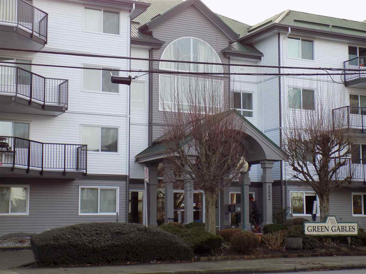 Photo 1: Photos: 311 32044 OLD YALE Road in Abbotsford: Abbotsford West Condo for sale : MLS®# R2331409