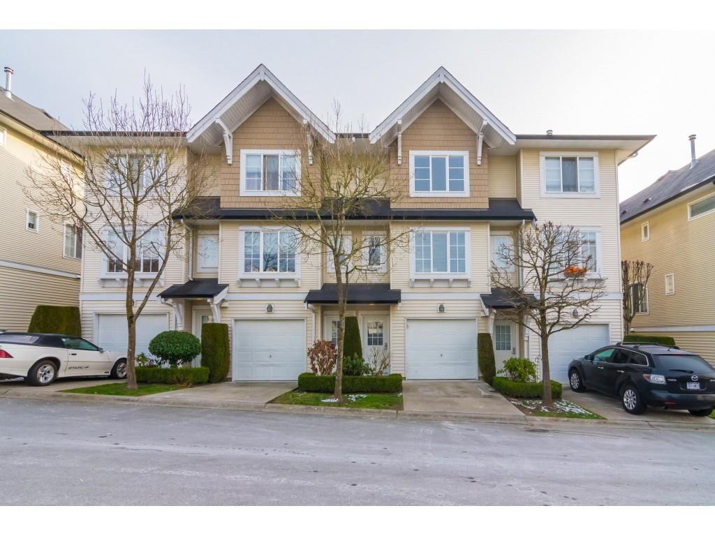 """Main Photo: 31 20560 66 Avenue in Langley: Willoughby Heights Townhouse for sale in """"Amberleigh"""" : MLS®# R2334687"""