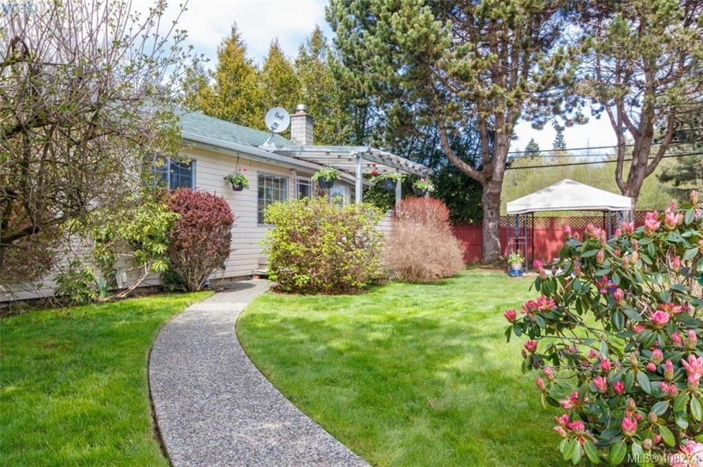 Main Photo: D 7885 West Coast Rd in SOOKE: Sk Kemp Lake Single Family Detached for sale (Sooke)  : MLS®# 811342