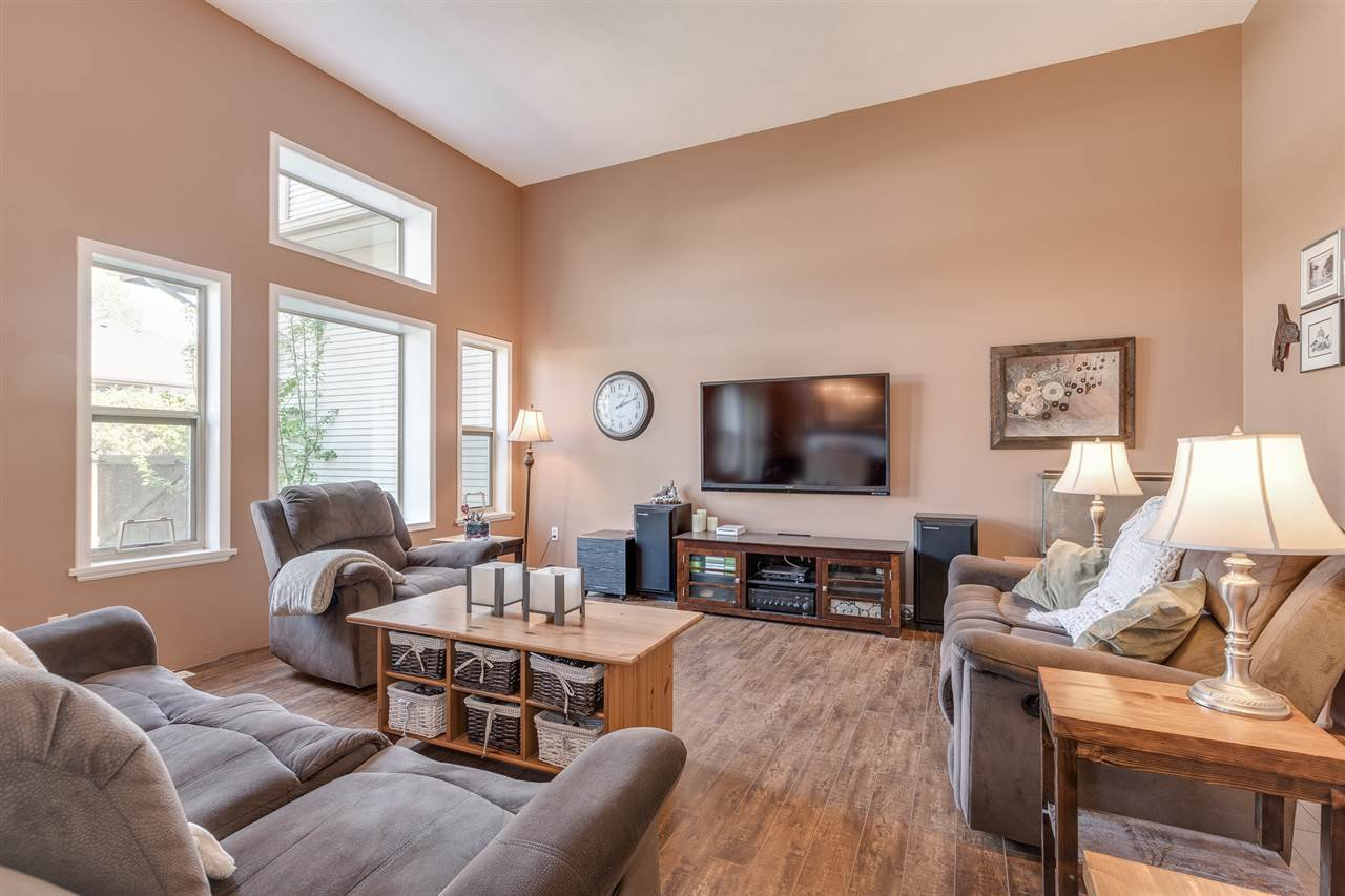 """Photo 6: Photos: 12 22280 124TH Street in Maple Ridge: West Central Townhouse for sale in """"Hillside Terrace"""" : MLS®# R2365433"""