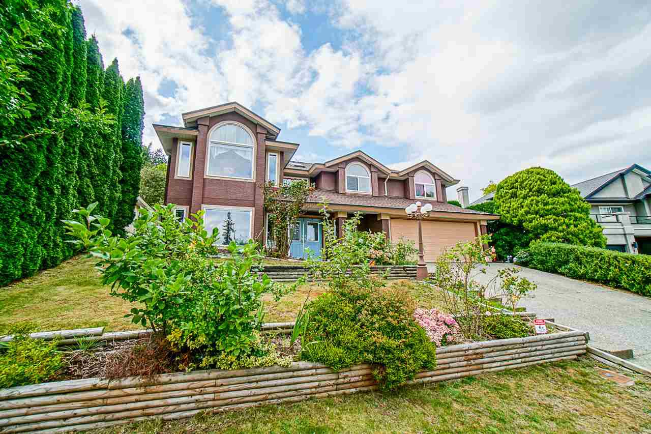 Main Photo: 35435 MCCORKELL Drive in Abbotsford: Abbotsford East House for sale : MLS®# R2492785