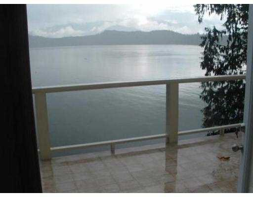 "Photo 2: Photos: 1510 TIDEVIEW RD in Gibsons: Gibsons & Area House for sale in ""LANGDALE"" (Sunshine Coast)  : MLS®# V559961"