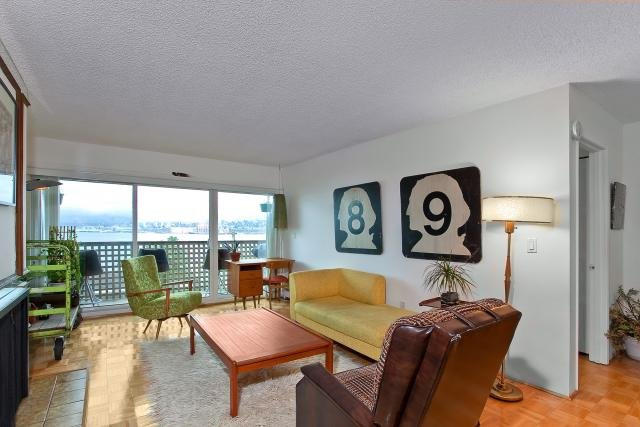 "Photo 3: Photos: 417 2366 WALL Street in Vancouver: Hastings Condo for sale in ""LANDMARK MARINER"" (Vancouver East)  : MLS®# V879013"