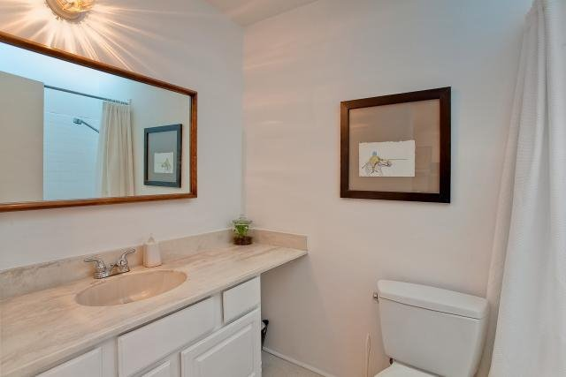 "Photo 11: Photos: 417 2366 WALL Street in Vancouver: Hastings Condo for sale in ""LANDMARK MARINER"" (Vancouver East)  : MLS®# V879013"