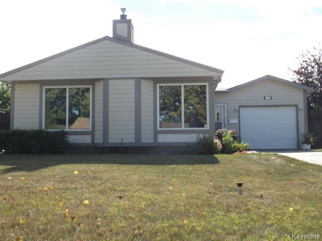 Main Photo: 70 Southwalk Bay in WINNIPEG: St Vital Residential for sale (South East Winnipeg)  : MLS®# 1321142
