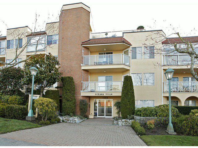 "Main Photo: 209 1280 FIR Street: White Rock Condo for sale in ""Oceana Villa"" (South Surrey White Rock)  : MLS®# F1406984"
