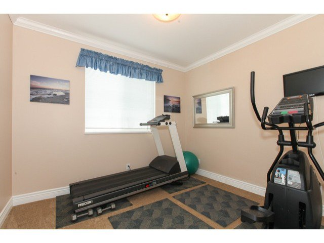 Photo 12: Photos: 6310 190TH Street in Surrey: Cloverdale BC House for sale (Cloverdale)  : MLS®# F1433344