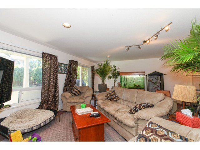 Photo 14: Photos: 6310 190TH Street in Surrey: Cloverdale BC House for sale (Cloverdale)  : MLS®# F1433344
