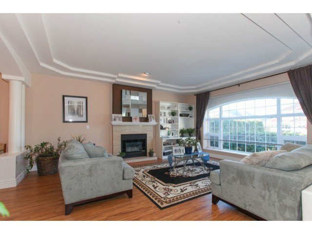 Photo 3: Photos: 6310 190TH Street in Surrey: Cloverdale BC House for sale (Cloverdale)  : MLS®# F1433344