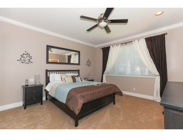 Photo 9: Photos: 6310 190TH Street in Surrey: Cloverdale BC House for sale (Cloverdale)  : MLS®# F1433344