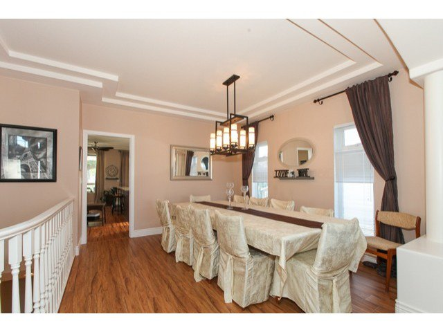 Photo 5: Photos: 6310 190TH Street in Surrey: Cloverdale BC House for sale (Cloverdale)  : MLS®# F1433344
