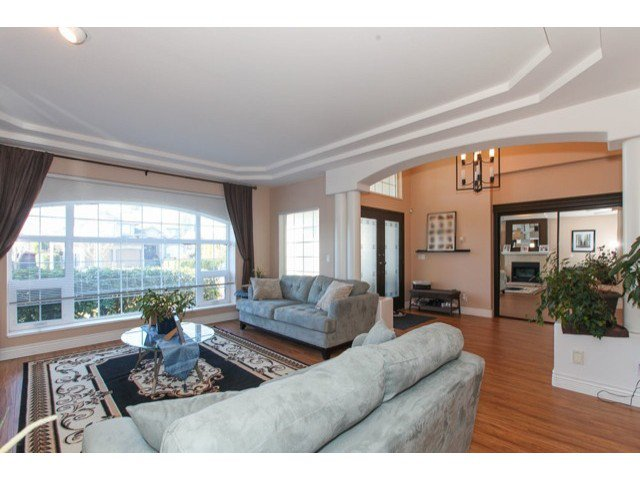 Photo 4: Photos: 6310 190TH Street in Surrey: Cloverdale BC House for sale (Cloverdale)  : MLS®# F1433344