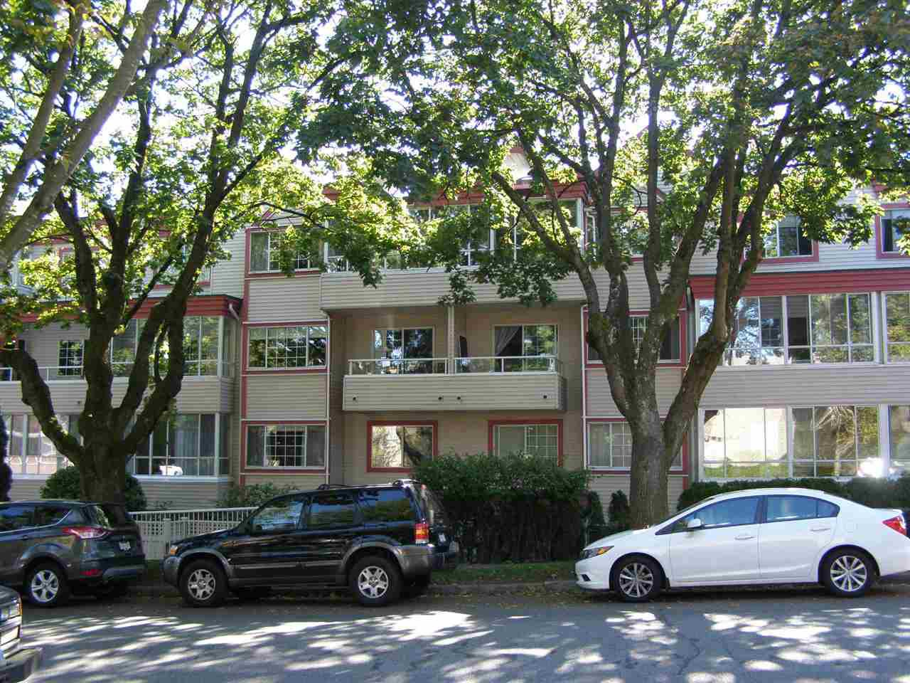 "Main Photo: 303 1386 W 73RD Avenue in Vancouver: Marpole Condo for sale in ""PARKSIDE"" (Vancouver West)  : MLS®# R2002211"