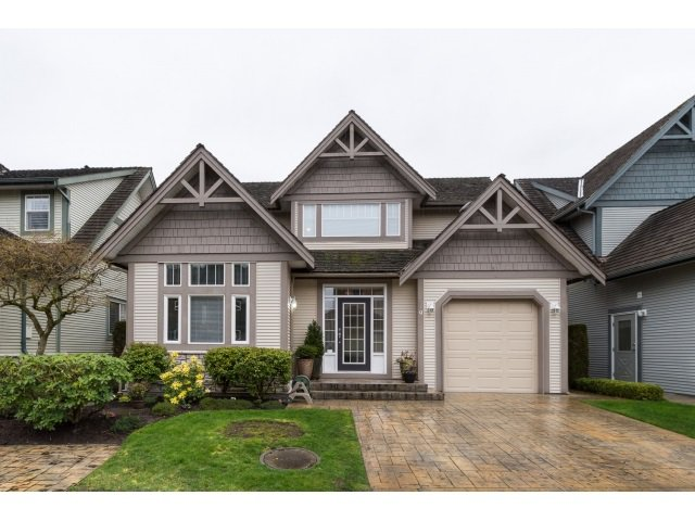 Main Photo: 9 6177 169 STREET in : Cloverdale BC Townhouse for sale : MLS®# R2057397