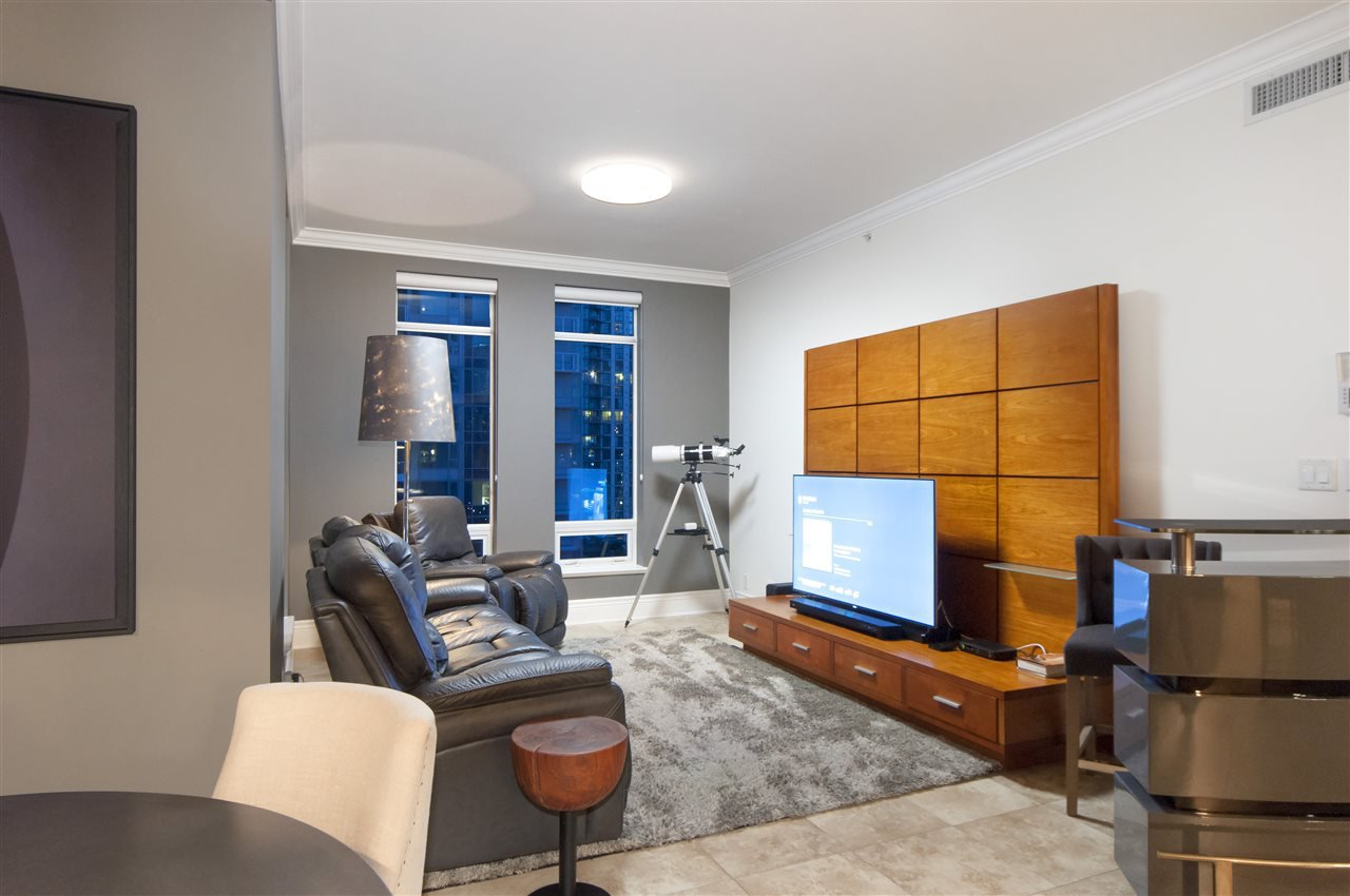 """Photo 10: Photos: 1101 1280 RICHARDS Street in Vancouver: Yaletown Condo for sale in """"THE GRACE"""" (Vancouver West)  : MLS®# R2191655"""