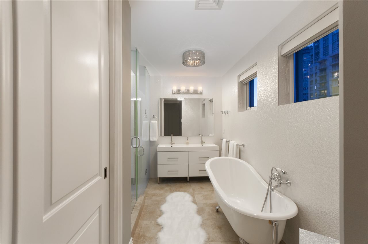"""Photo 13: Photos: 1101 1280 RICHARDS Street in Vancouver: Yaletown Condo for sale in """"THE GRACE"""" (Vancouver West)  : MLS®# R2191655"""