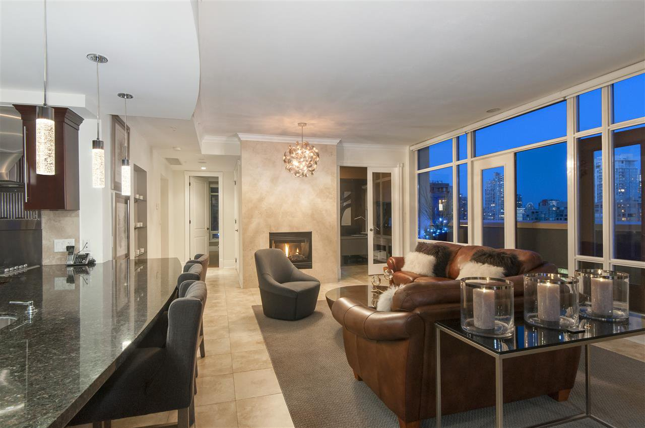 """Photo 5: Photos: 1101 1280 RICHARDS Street in Vancouver: Yaletown Condo for sale in """"THE GRACE"""" (Vancouver West)  : MLS®# R2191655"""