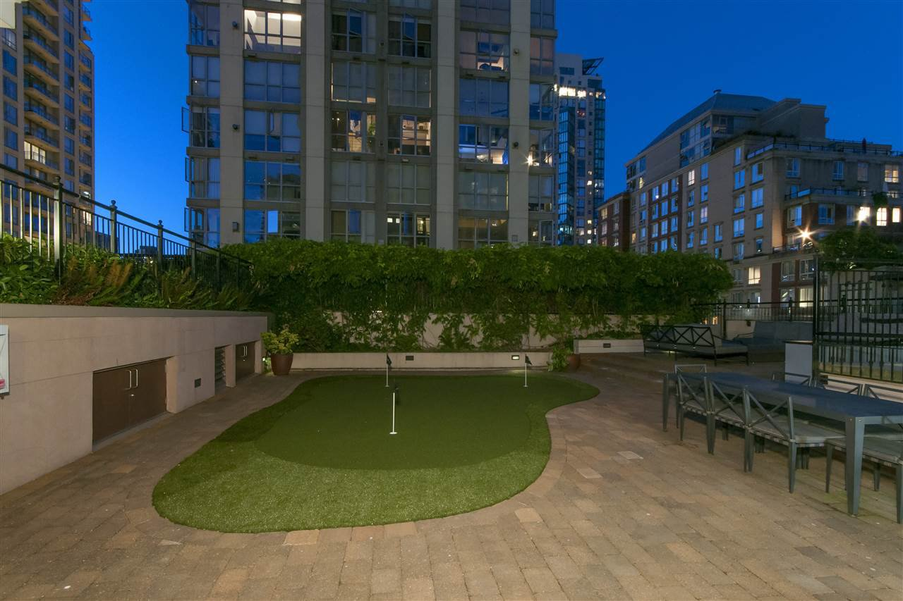 """Photo 18: Photos: 1101 1280 RICHARDS Street in Vancouver: Yaletown Condo for sale in """"THE GRACE"""" (Vancouver West)  : MLS®# R2191655"""