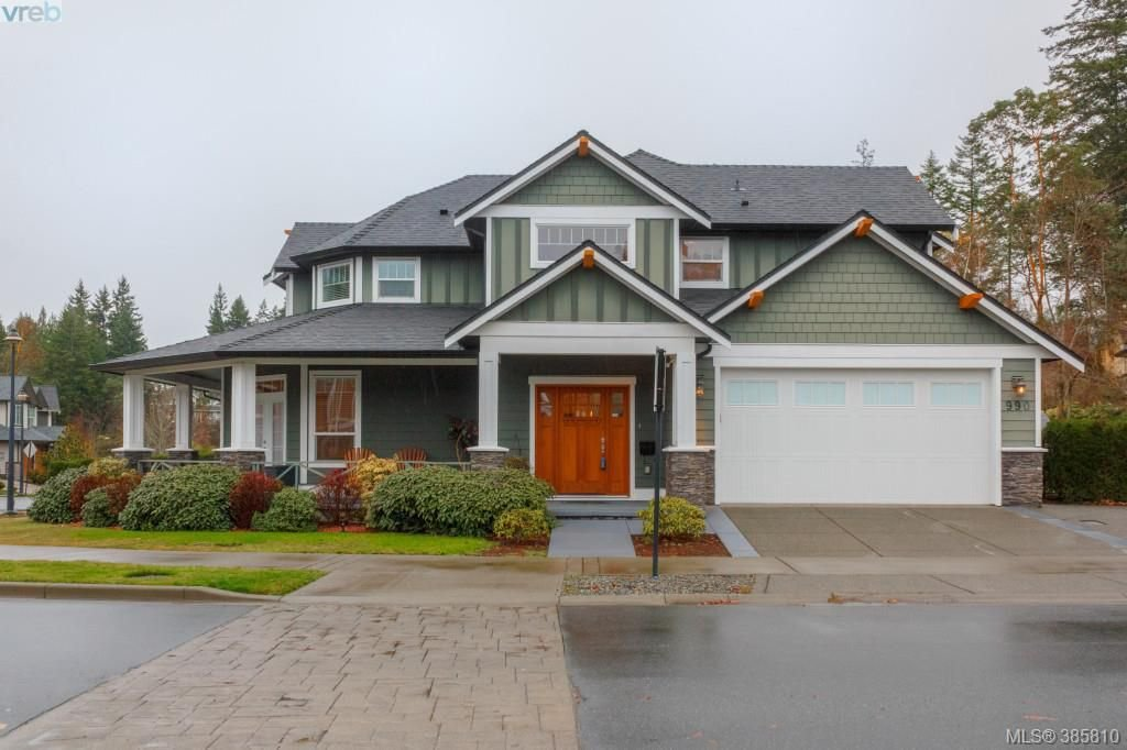 Main Photo: 990 Arngask Ave in VICTORIA: La Bear Mountain House for sale (Langford)  : MLS®# 775202