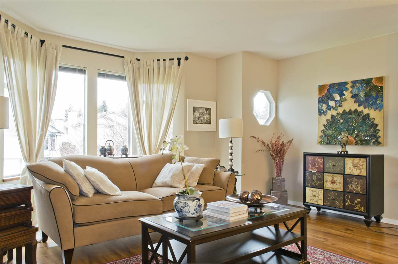 Photo 2: Photos: 2324 STAFFORD Avenue in Port Coquitlam: Mary Hill House for sale : MLS®# R2234789