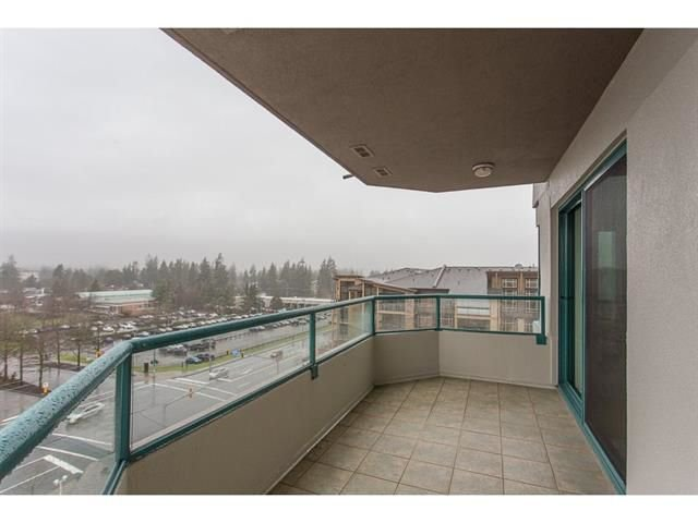 "Photo 16: Photos: 802 32440 SIMON Avenue in Abbotsford: Abbotsford West Condo for sale in ""Trethewey Tower"" : MLS®# R2241198"