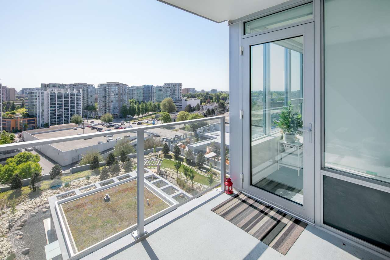"""Photo 16: Photos: 1509 7468 LANSDOWNE Road in Richmond: Brighouse Condo for sale in """"CADENCE BY CRESSEY"""" : MLS®# R2269074"""