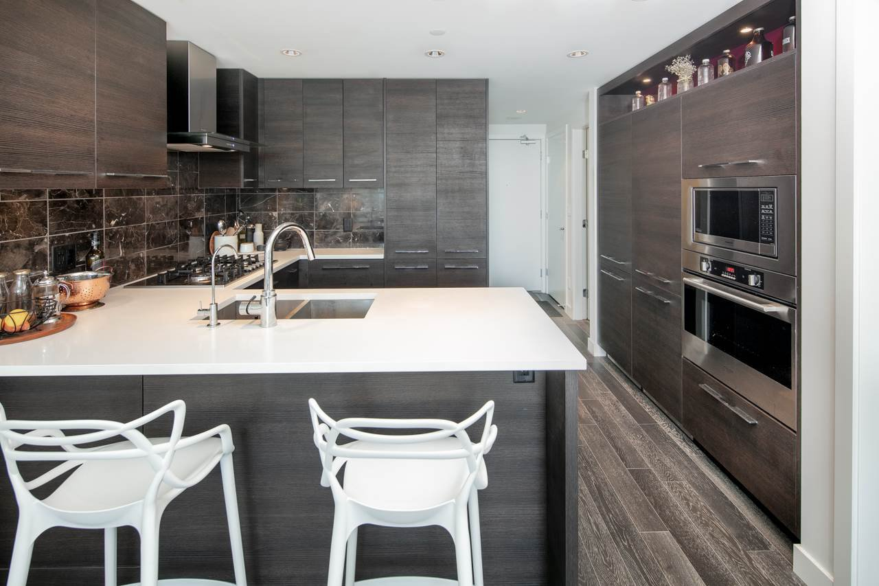 """Photo 10: Photos: 1509 7468 LANSDOWNE Road in Richmond: Brighouse Condo for sale in """"CADENCE BY CRESSEY"""" : MLS®# R2269074"""