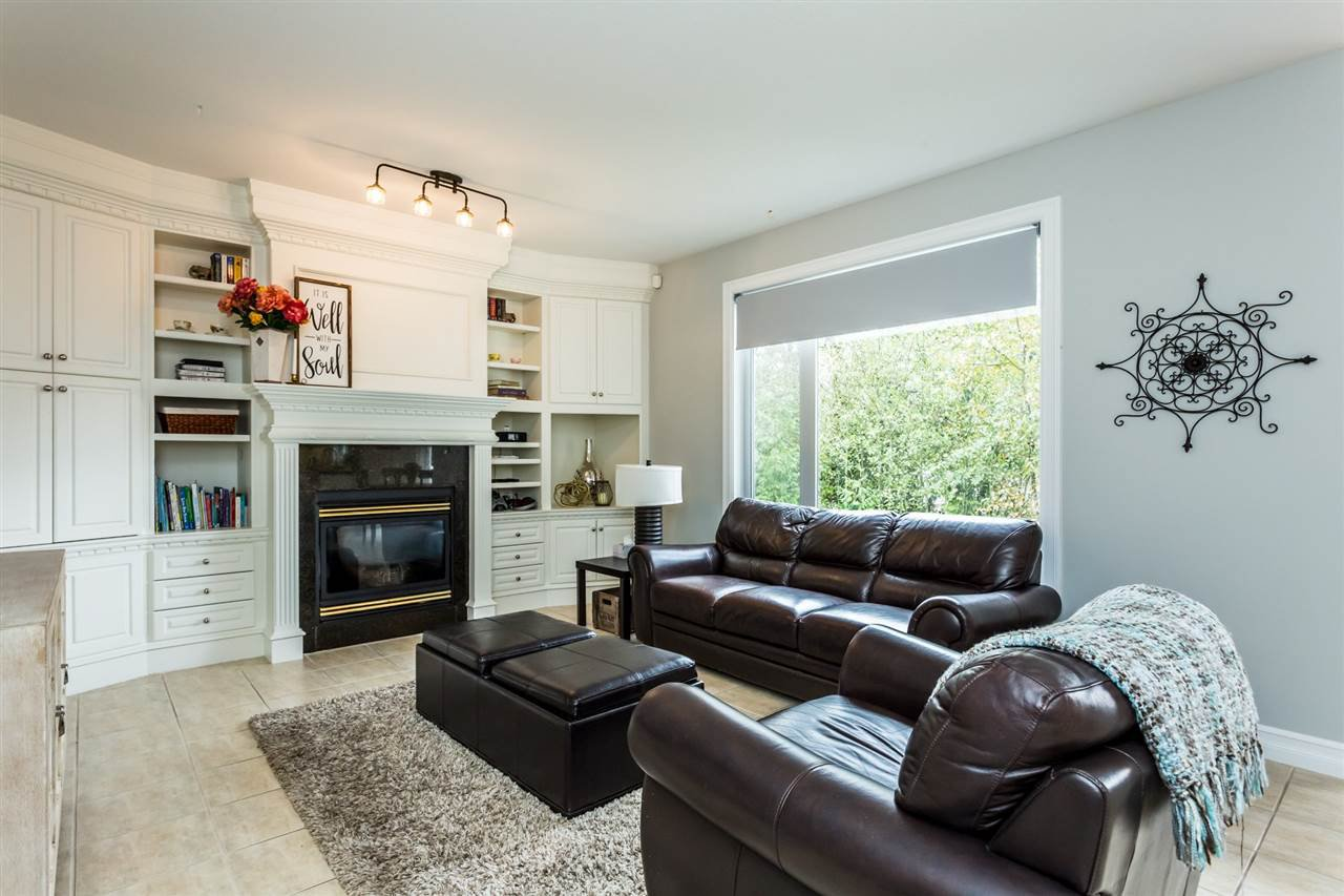 "Photo 2: Photos: 36568 E AUGUSTON Parkway in Abbotsford: Abbotsford East House for sale in ""Auguston"" : MLS®# R2311652"