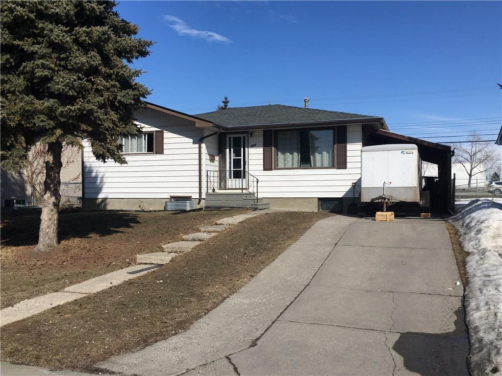 Main Photo: 2012 47 Street SE in Calgary: Forest Lawn Detached for sale : MLS®# C4229006