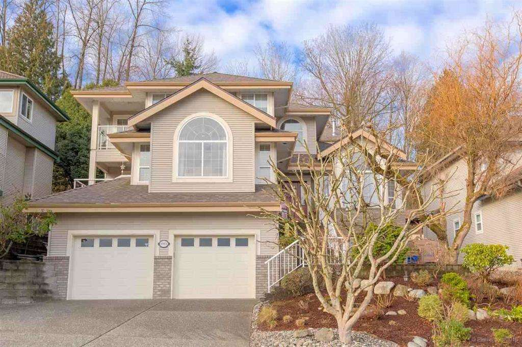 "Main Photo: 2911 KEETS Drive in Coquitlam: Coquitlam East House for sale in ""RIVER HEIGHTS"" : MLS®# R2352178"