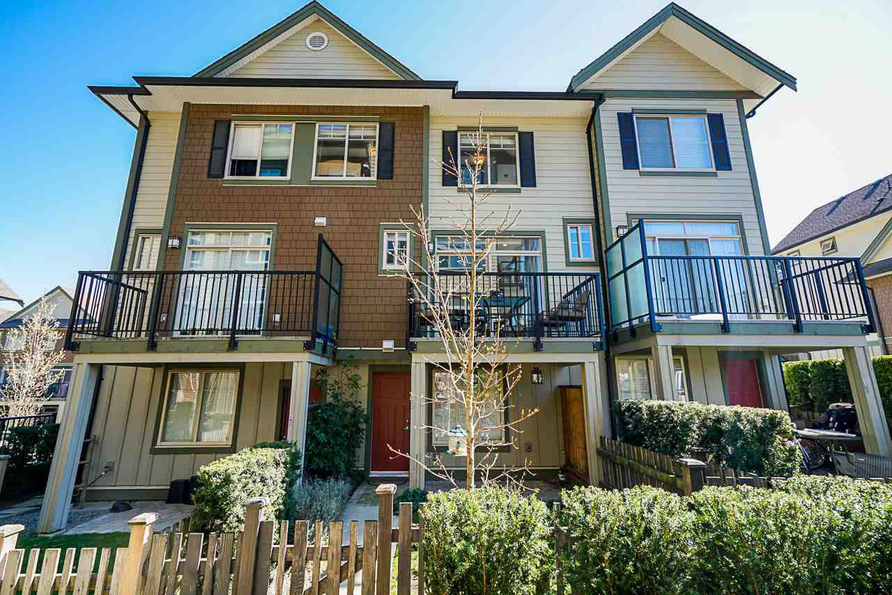 "Main Photo: 18 2845 156 Street in Surrey: Grandview Surrey Townhouse for sale in ""THE HEIGHTS BY LAKEWOOD"" (South Surrey White Rock)  : MLS®# R2354021"