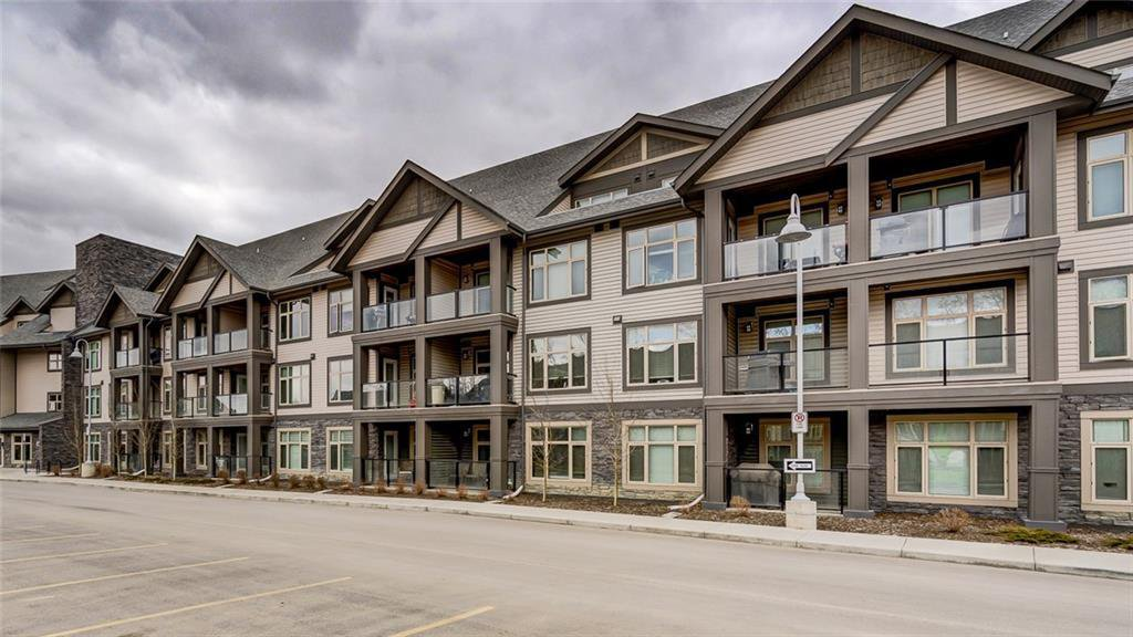 Main Photo: 316 15 ASPENMONT Heights SW in Calgary: Aspen Woods Apartment for sale : MLS®# C4238805