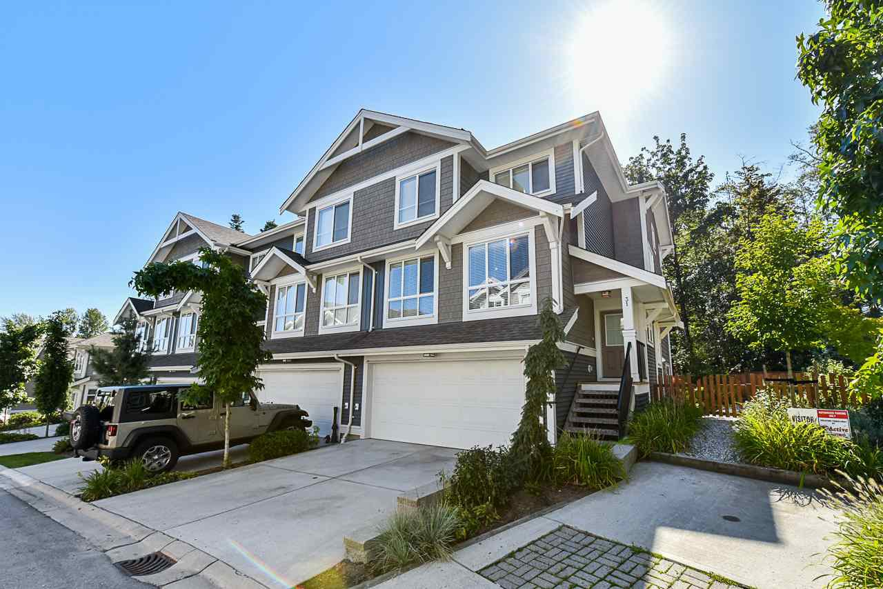 "Main Photo: 31 7059 210 Street in Langley: Willoughby Heights Townhouse for sale in ""ALDER"" : MLS®# R2400571"